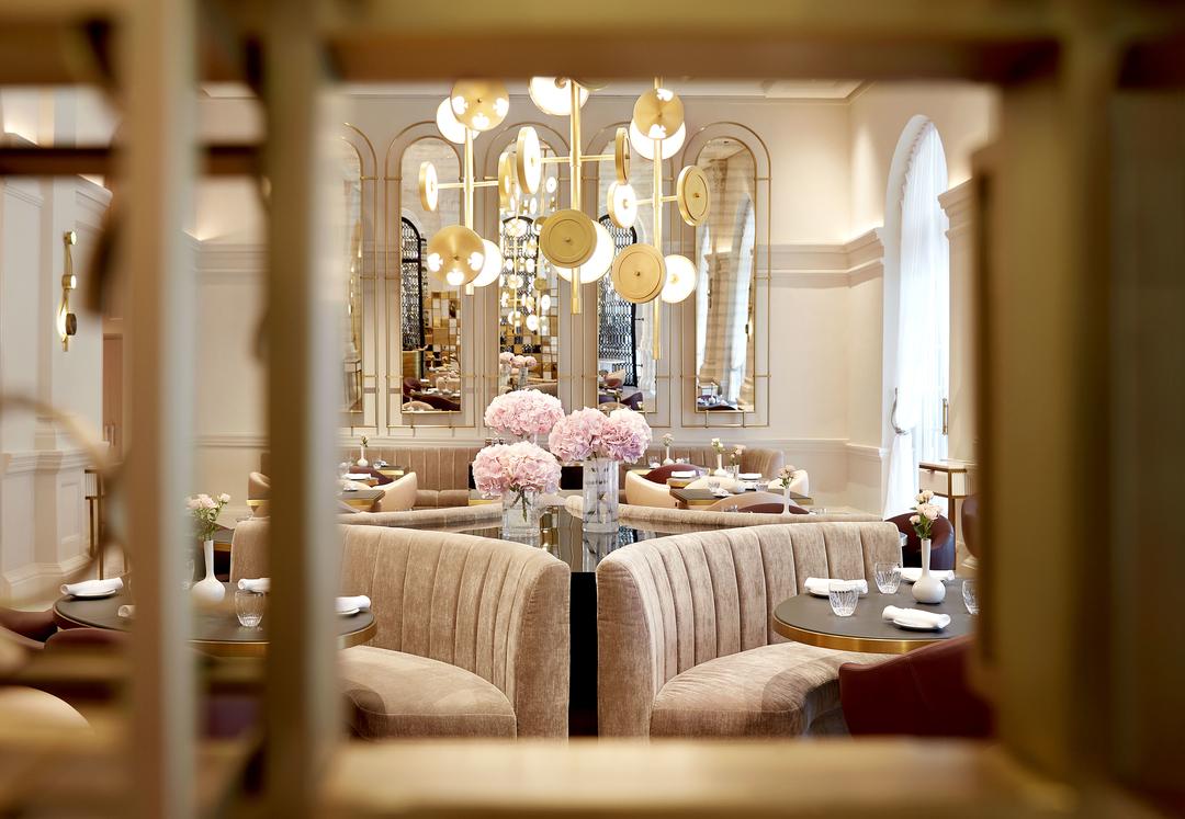 valentine's day - La Dame de Pic, Raffles Hotel Singapore