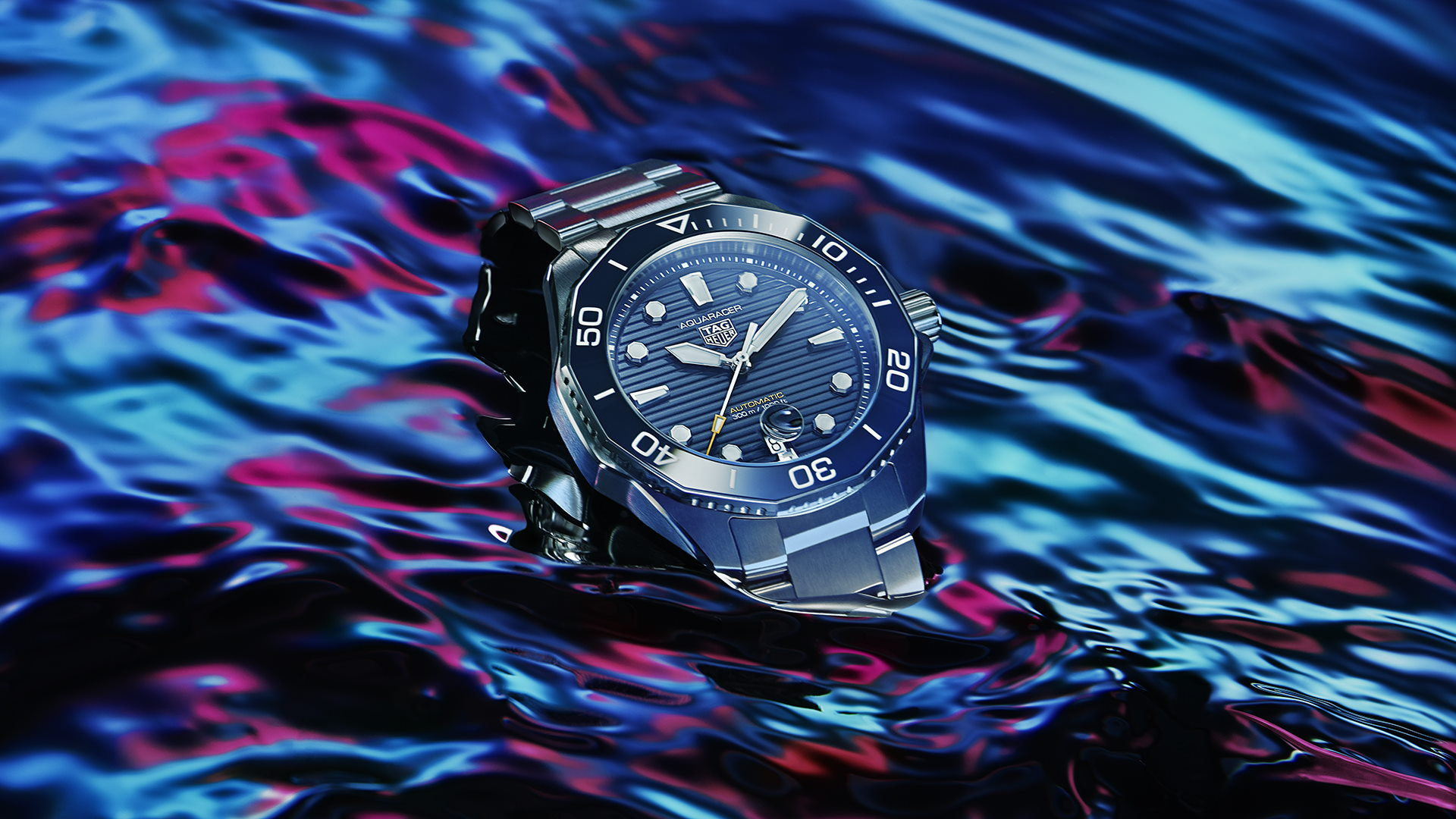 TAG Heuer Makes A Splash With The Return Of The Aquaracer